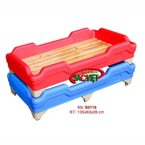 Giường ngủ vạt gỗ nhập khẩu